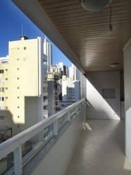 1579 Locação Anual Apartamento 02 quartos em Balneário Camboriú