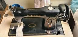 Maquina de costura Singer reta 1954