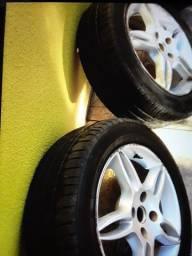 Rodas 15 com pneus razoável