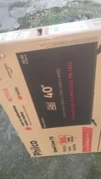 Smartv 40 Philco lacrada na caixa