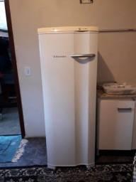 Freezer Electrolux 173L