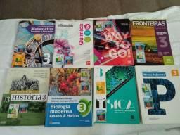Título do anúncio: Livros usados 3° ano do ensino médio