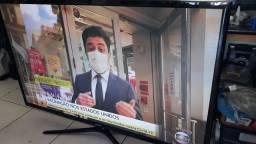 """TV Samsung 60"""" plasma (não é smart)"""