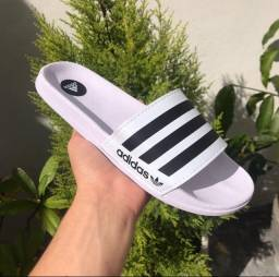 Chinelo Adidas unissex