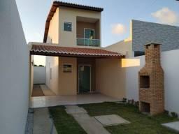 SI -Duplex de esquina com 2 quartos, 2 banheiros, varanda, escritura grátis