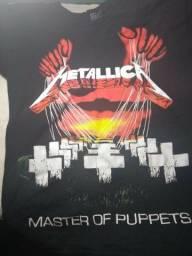 Camisa feminina Metallica / Nirvana / Gun's Roses