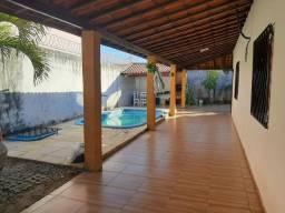 Casa na tabuba com piscina e deck
