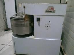 Masseira Espiral Braesi 25Kg