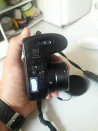 Câmera fotográfica 15 megapix nova