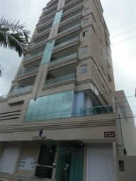 AP2306 Excelente apartamento,03 suítes,área de lazer,em Meia Praia