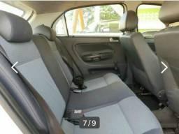 Compre seu carro ganhe emplacamento e seguro grátis - 2012