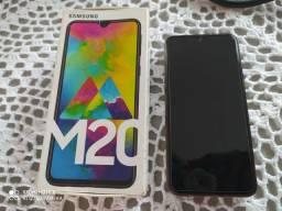 Samsung M20 com caixa