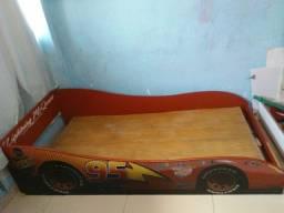 Vendo cama infantil carros 200