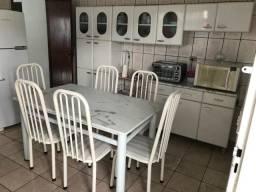 Armário de cozinha e mesa 6 cadeiras