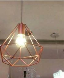 Luminaria aramado