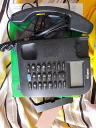 Telefone com fio Intelbras com viva voz e identificador de chamadas