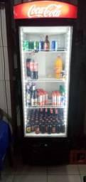 Freezer expositora semi nova,