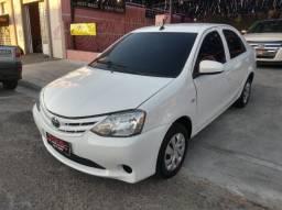 Etios Sedan 1.5 - 2017 Abaixo Fipe