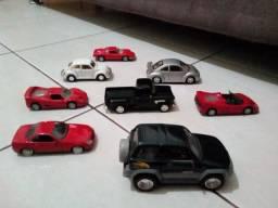 Motos e carros miniatura