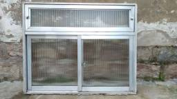 Basculante e janela de alumínio