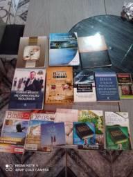 Kit de para estudos teológico , para quem quer aprender  pagando barato !!!!