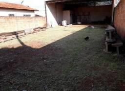Vende-se Terreno / Barracão 250m2, Jd. Europa (Vila Xavier), Araraquara