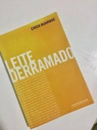 """Livro """"Leite derramado"""" Chico Buarque"""