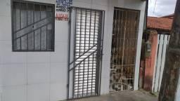 FERIADÃO / ALUGO CASA MOBILIADA EM CABUÇU,  DE FRENTE AO KIOSKE DO BAHIA.