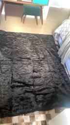 Vendo manta para sofá ou pé de cama R$ 100,00-