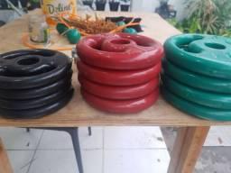 24kg anilhas emborrachado + 2 barras 40 cm com 2 meses de uso