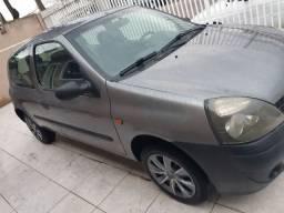Clio 2005 com ar condicionado
