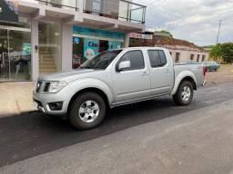 Frontier 2014 4x4 Diesel (troco por mais nova)