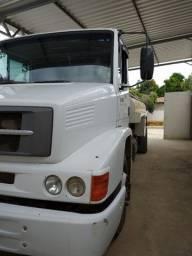 Caminhão pipa 123.000,00