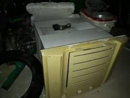 Ar condicionado 7500 BTUs mecânico. Ac. Troca