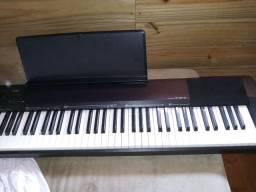 Piano digital Casio cdp135