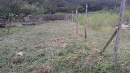 Terreno no final da estrada da grama (Magarça )