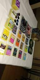 740 cartas pokemon + brinde