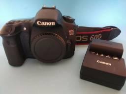 Canon 60D .corpo com baterias em bom estado