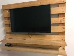 Painel de TV em pallet
