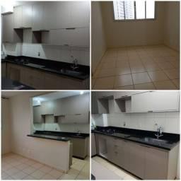 Alugo apartamento com armários e looktop, 2 qtos em Valparaiso
