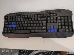 Teclado gamer pra conserto