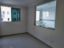 Apartamento 02 quartos, garagem e elevador