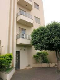 Apartamento grande, espaçoso com 110 mts.