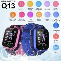 Smartwatch infantil com rastreador Q13