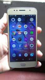 Moto G5s 32Gb Novo . Fone: *