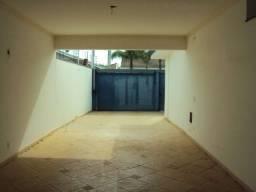 Vassouras linda casa com 3 quartos naa região aceita parcela RJ