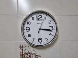 Relógio de parede 20 cm Wincy Moldura Cromada