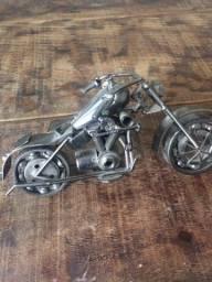 Moto montada miniatura
