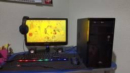 Computador (PC) já com placa de jogos