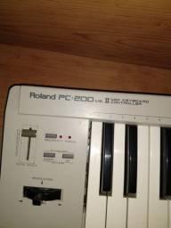 Teclado Midi Roland PC-200